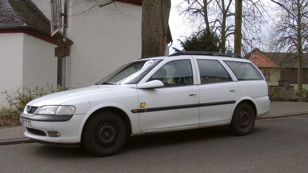 Opel Vectra B 1.6 Caravan